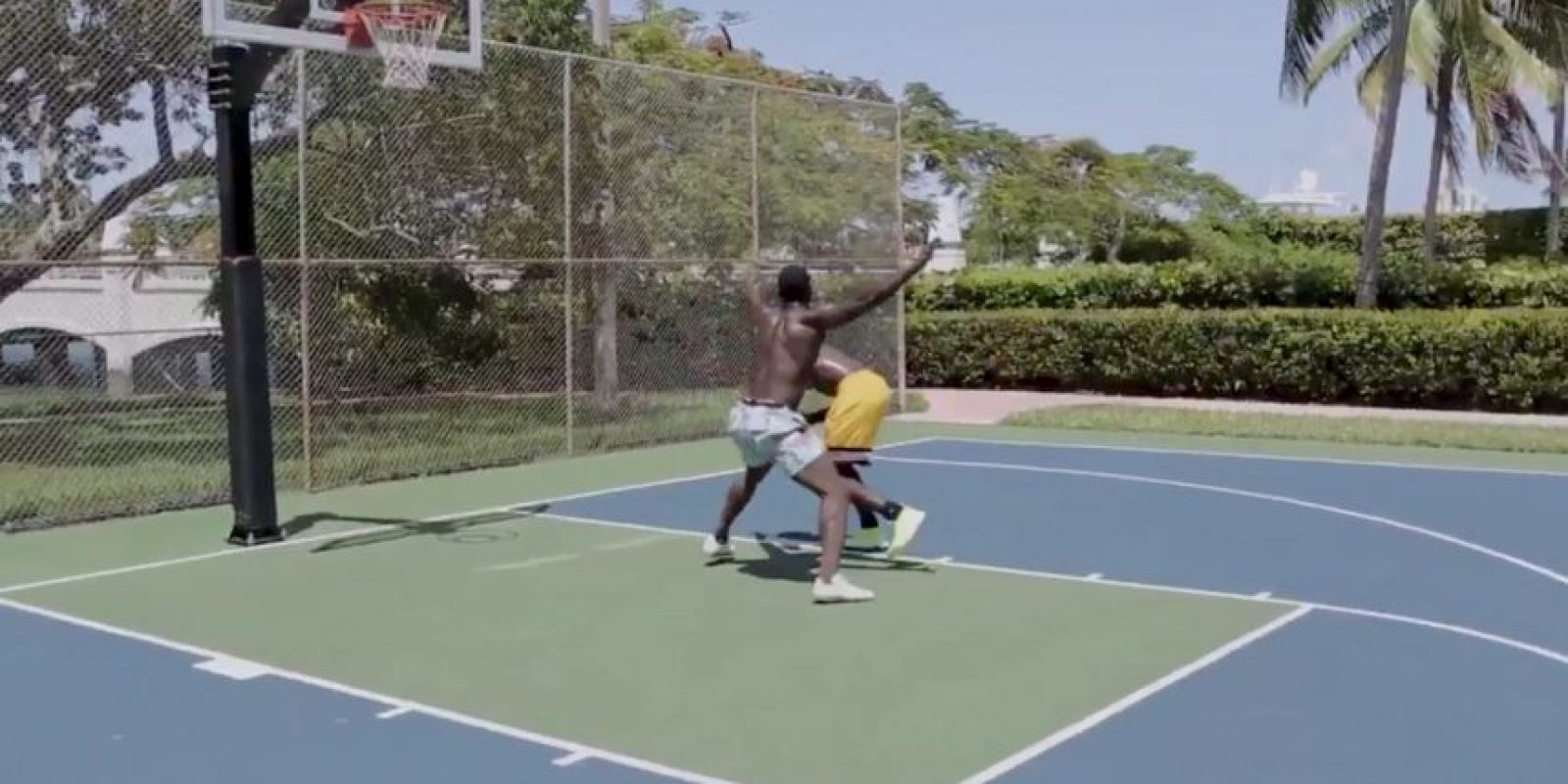 El mediocampista jugó un 1×1 ante Romelu Lukaku Foto:Captura de pantalla