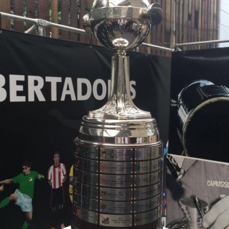 Ya está la Copa Libertadores en el Inder. Foto:Tomada de Twitter @Indermedellin