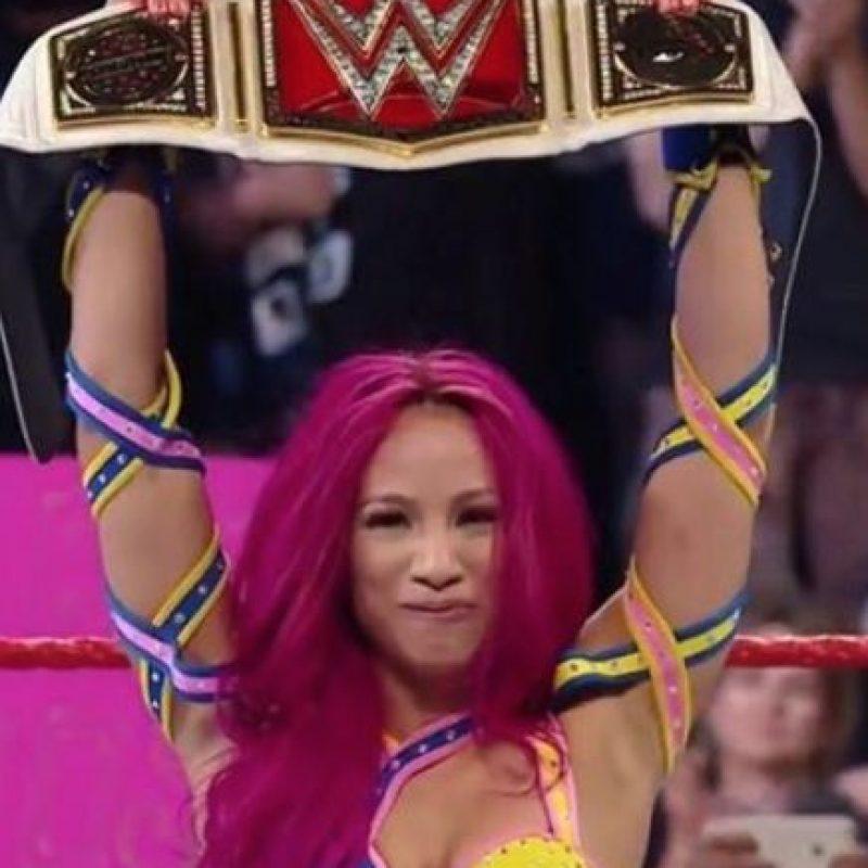 "Sasha Banks venció en el primer Raw de la ""Nueva Era"" a Charlotte Foto:Vía instagram.com/sashabankswwe"