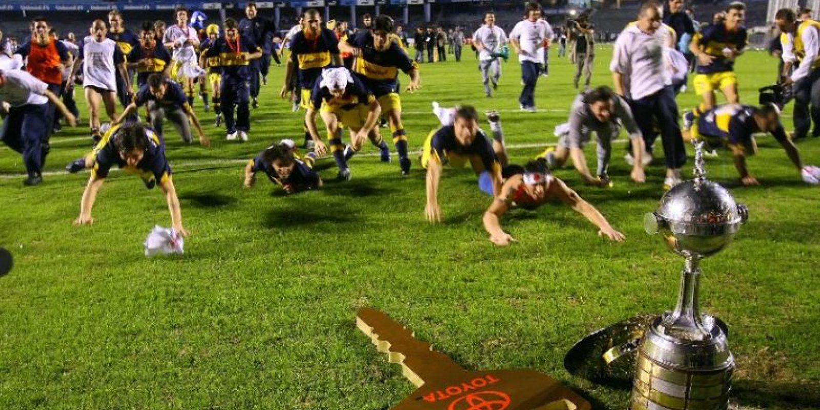 Boca Juniors lo sigue muy de cerca y tiene seis títulos. Estudiantes de La Plata aporta 4, River Plate suma 3 y Racing, Argentinos Juniors, Vélez Sarsfield y San Lorenzo, tienen uno Foto:AFP