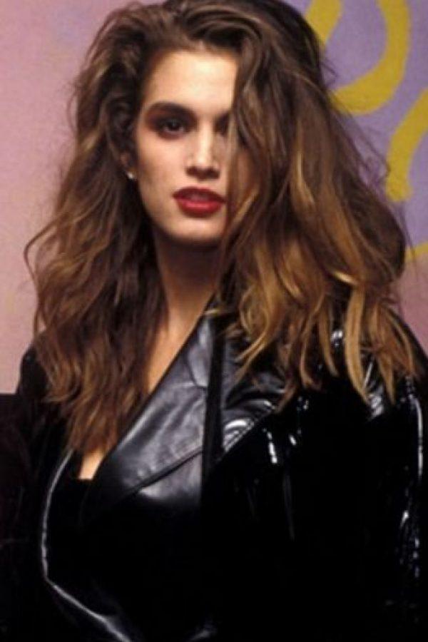 Cindy Crawford ya era una de las mujeres más bellas del planeta en los 90. Foto:vía Getty Images