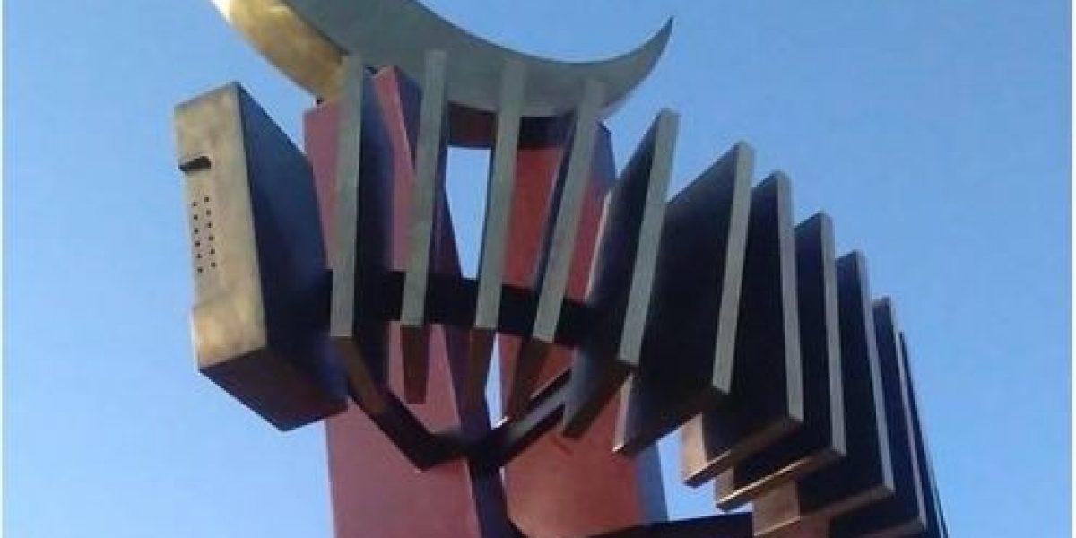Por considerarla islámica rechazan escultura de la luna en municipio de La Guajira