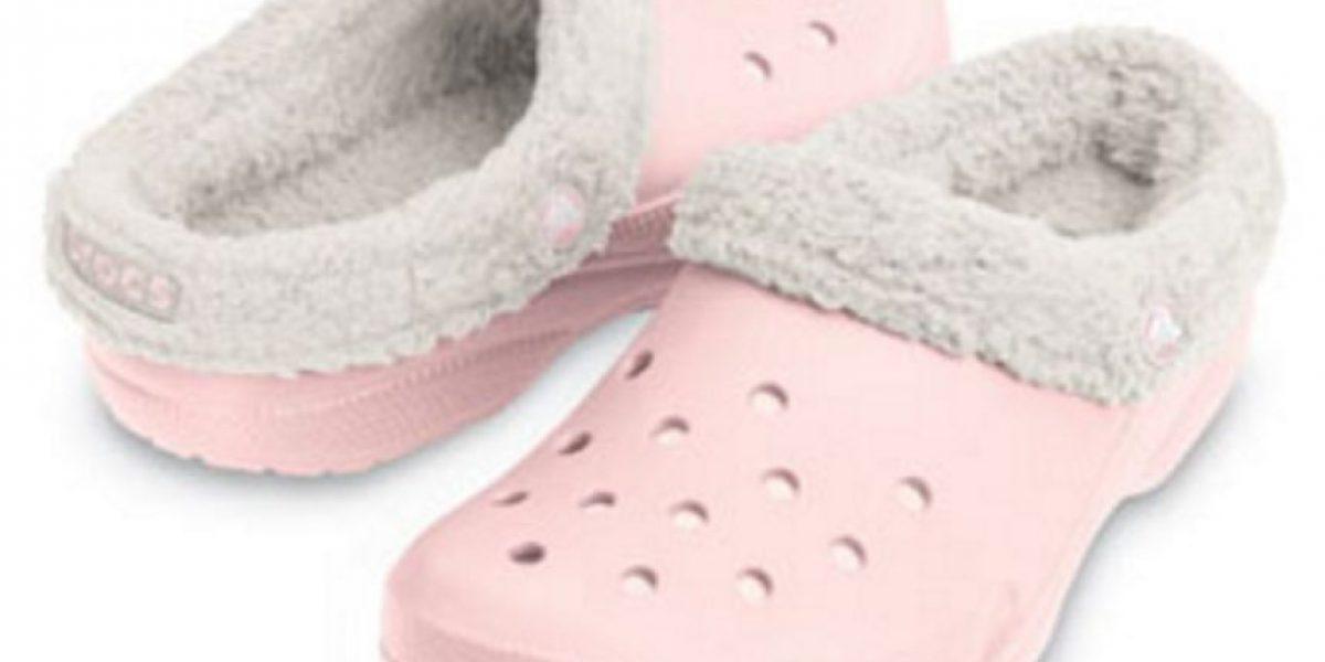 Esta es la razón por la que los zapatos Crocs tienen agujeros