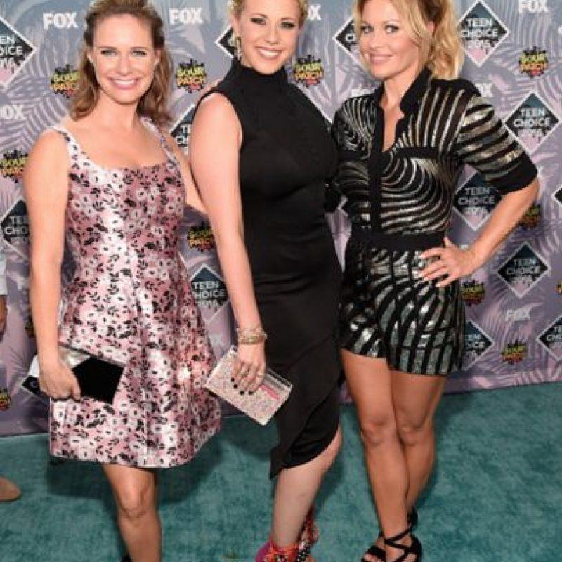 """El elenco de """"Fuller House"""": definitivamente, las que tienen sentido de la moda son las Olsen. Foto:Getty Images"""