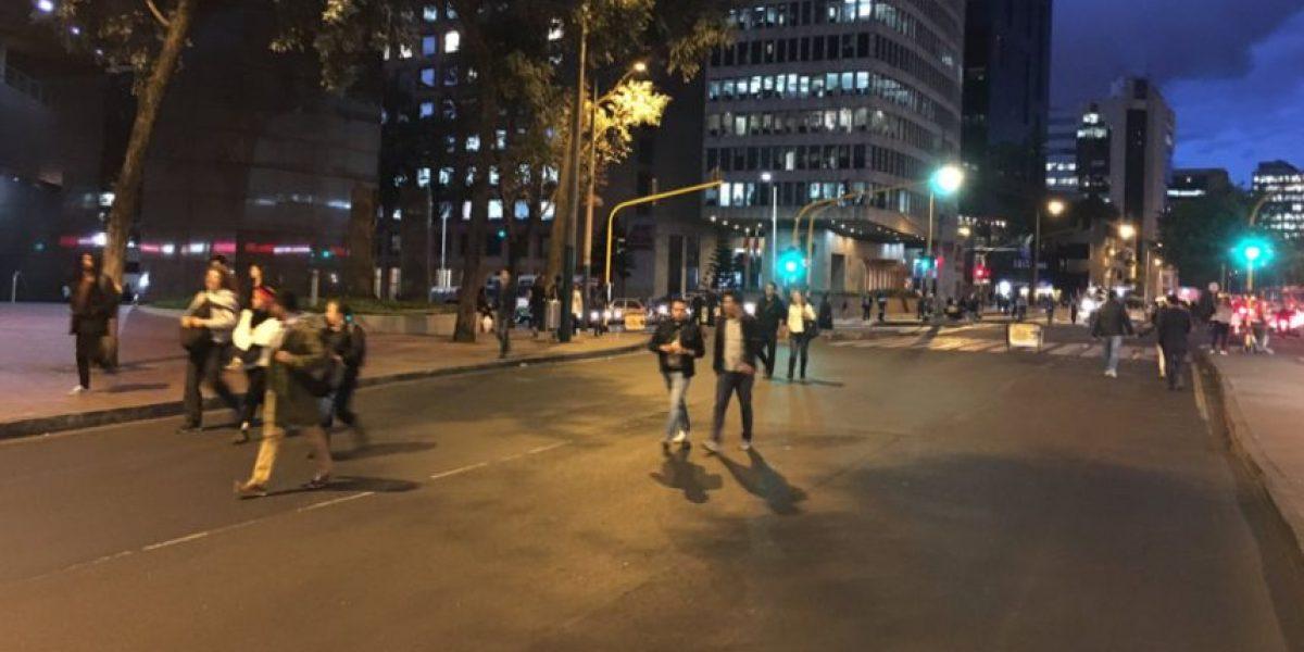 Así se vive la ciclovía nocturna por el aniversario de Bogotá