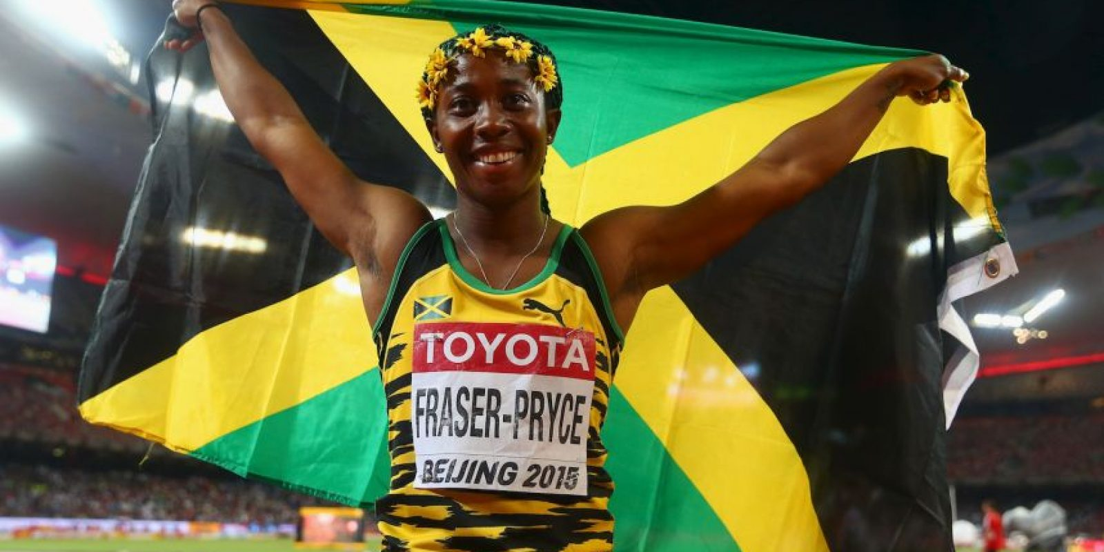 Shelly-Ann Fraser-Pryce (atletismo): La velocista jamaiquina es otra de las grandes sensaciones que tendrán los Juegos Olímpicos de Río 2016. Con sólo 1,56 metros de estatura, Pocket Rocket tiene un ritmo endemoniado sobre la pista y ya suma dos oros olímpicos consecutivos en los 100 metros, coronándose en Beijing 2008 y Londres 2012. Ahora quiere ser la primera mujer en conseguir tres preseas de oro seguidas en la prueba madre del atletismo. Además, sumó plata en los 200 y el 4×100 en la capital inglesa. Foto:Getty Images