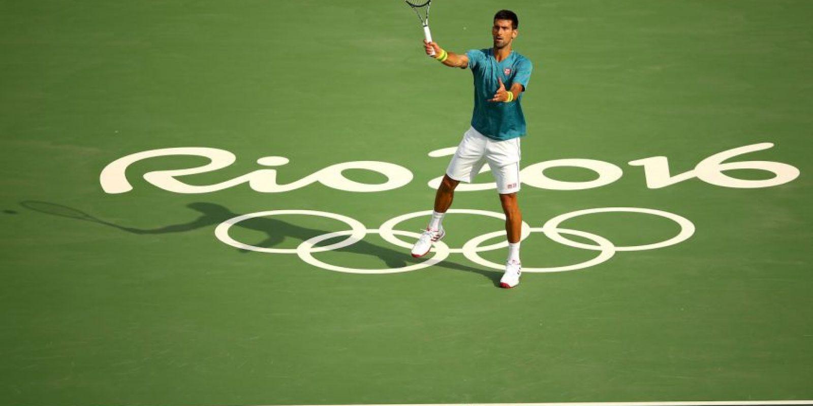 Novak Djokovic (tenis): Con la baja de Roger Federer por su lesión en la rodilla, el serbio número uno del mundo en el ranking ATP es aún más favorito para quedarse con el oro en el tenis. Foto:Getty Images