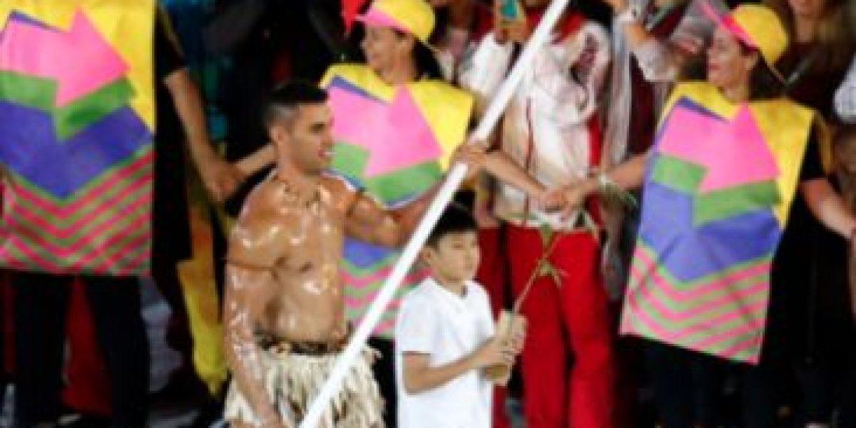 La increíble transformación de Pita Taufatofua, el abanderado de Tonga