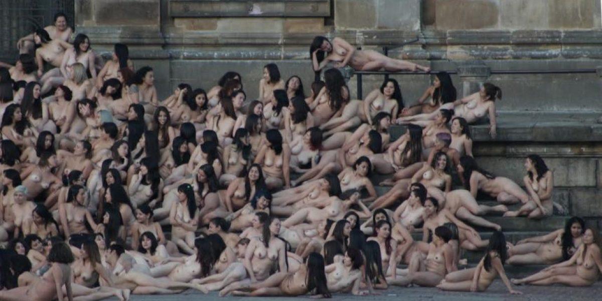 La experiencia de posar desnuda para el lente de Spencer Tunick en Bogotá
