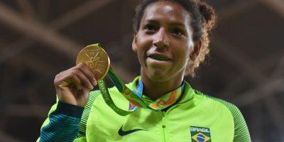 La judoca brasileña Rafaela Silva dio a Brasil el primer oro de Río 2016 Foto:Getty Images