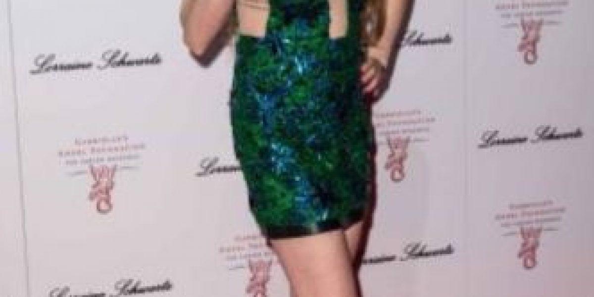 Lindsay Lohan tuvo una terrible falla de vestuario frente a paparazzi