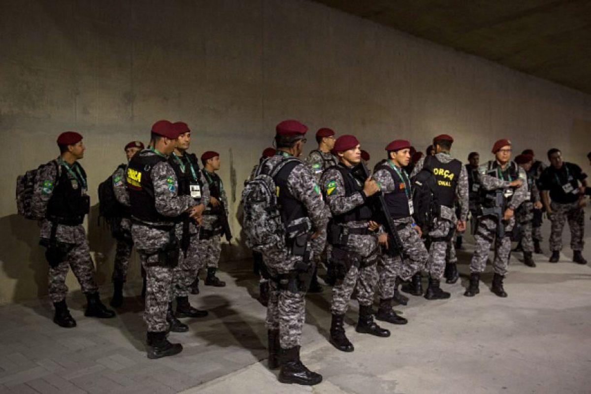 Una semana antes de los juegos, el gobierno de Rio de Janeiro despidió a la empresa privada que habían contratado para ofrecer seguridad Foto:Getty Images