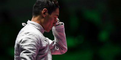 Kim Junghwan, esgrimista coreano, luego de perder la semifinal de sable Foto:Getty Images