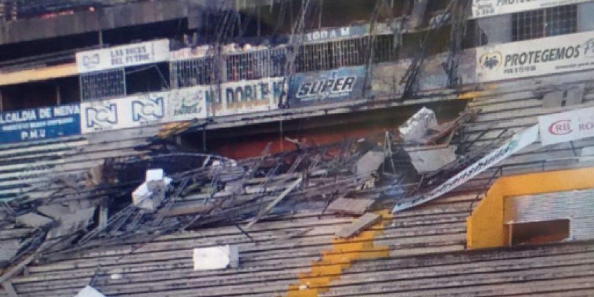 Colapsan tribunas del estadio Guillermo Plazas Alcid de Neiva