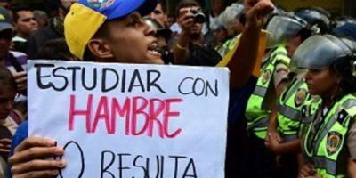 Muchos ciudadanos venezolanos padecen las medidas económicas de su gobierno. Foto:vía Getty Images
