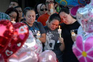 Hicieron una vigia en su honor Foto:AP