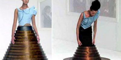 La moda todavía no ha superado a diseñadores como Hussein Chalayan. No ha dado ideas novedosas. Foto:Getty Images