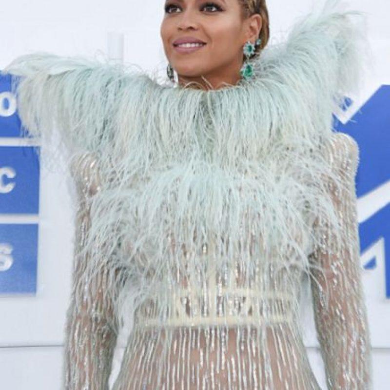 Su vestido es de Franco Scognamiglio. Foto:Getty Images