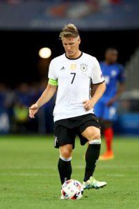 Medios: Bastian Schweinsteiger (9 millones de euros). Mourinho lo mandó a entrenar con las inferiores y podría ir a la MLS Foto:Getty Images