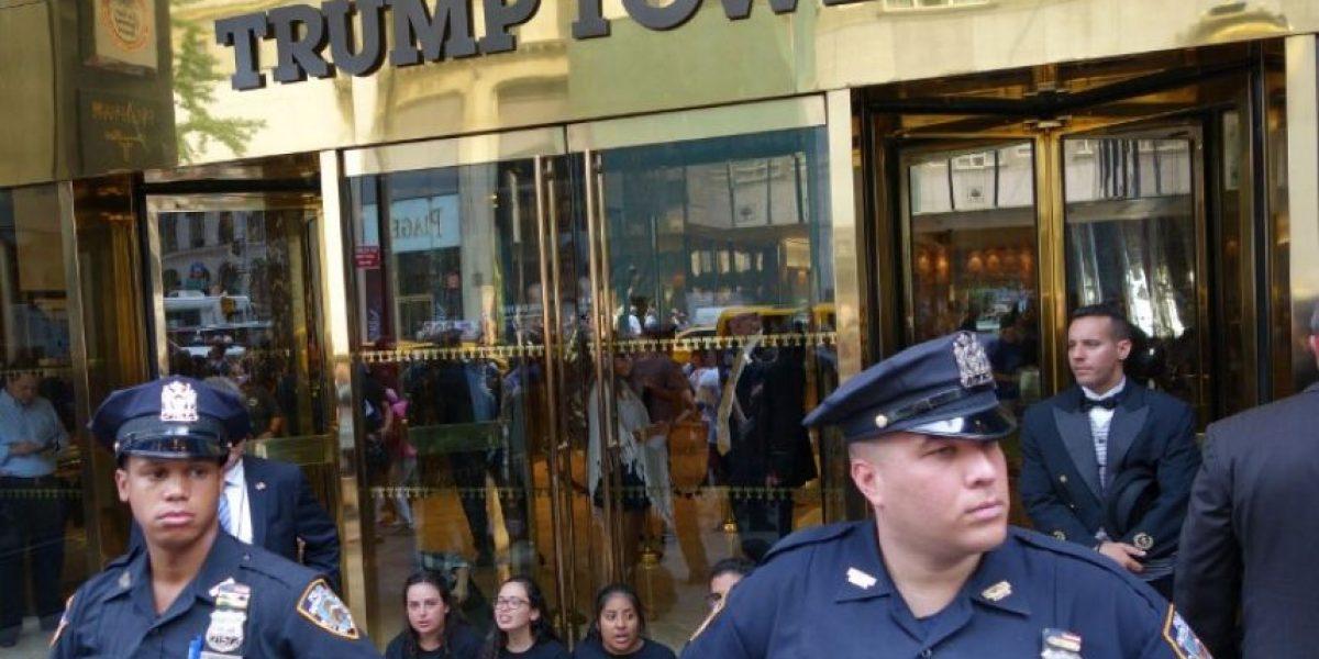 Desalojan Torre Trump de Nueva York por un paquete sospechoso