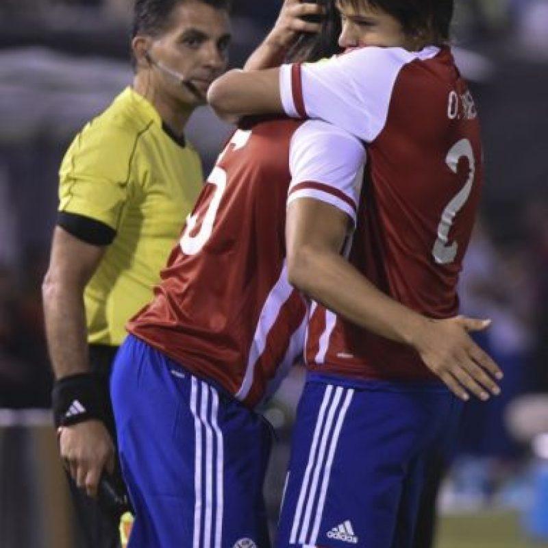 Paraguay venció 2-1 a Chile, campeón de América Foto:AFP