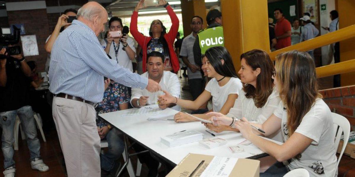 FOTOS: el reporte de tranquilidad del alcalde Armitage tras votar en el plebiscito