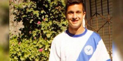 Él es Fernando Mengual. Se encontró un bolso con 50 mil pesos argentinos Foto:Twitter