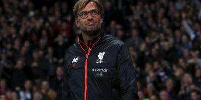 Jurgen Klopp (Liverpool): Llegó a los Reds en octubre de 2015 y su misión de levantar a un equipo golpeado no era fácil. Sin embargo, demostró que podía implementar su estilo de juego e, incluso, llegó a la final de la Europa League, donde cayó con Sevilla. 'Se presentó como The Normal One, pero el alemán es cualquier cosa menos un entrenador al uso: expresa de un modo único su pasión por el fútbol en la línea de banda e imprime a sus equipos un estilo de juego agresivo y dinámico, marcado por una presión intensa sobre sus rivales', son las razones para su nominación Foto:Getty Images
