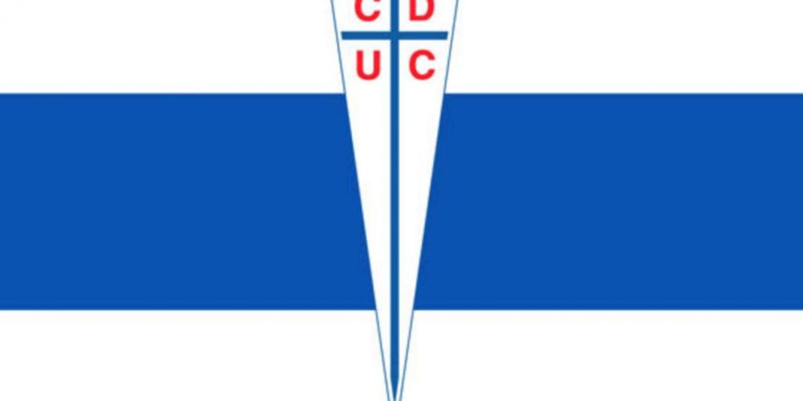 Universidad Católica. 'Cruzados'. Se debe a la enorme cruz de su escudo. La mayoría de los fundadores estudiaban en la Pontifica Universidad Católica