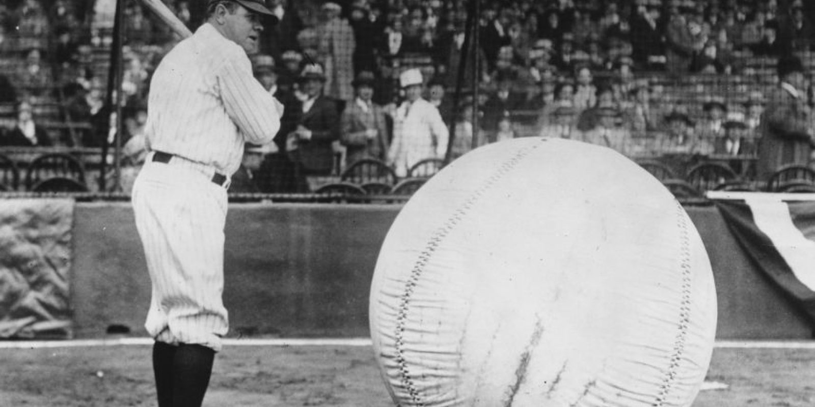 La maldición de Babe Ruth: El dueño de los Red Sox vendieron en 1920 a George Herman Ruth, más conocido como Babe Ruth, a los New York Yankees, acérrimo rival. Luego de eso no ganaron una Serie Mundial hasta 2004. Foto:Getty Images