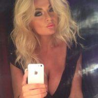 Bobbi Eden. Aseguró que practicaría sexo oral a los futbolistas de la Selección de Holanda y a sus aficionados, si la Naranja Mecánica ganaba el Mundial de Sudáfrica 2010 Foto:Instagram