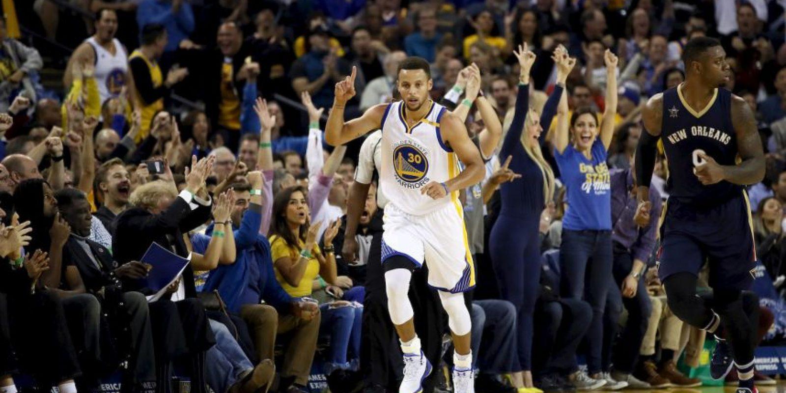 Curry es el jugador que más puntos en una prórroga: 17 en el duelo ante Portland Blaizers del 10 de mayo de 2016. Foto:Getty Images