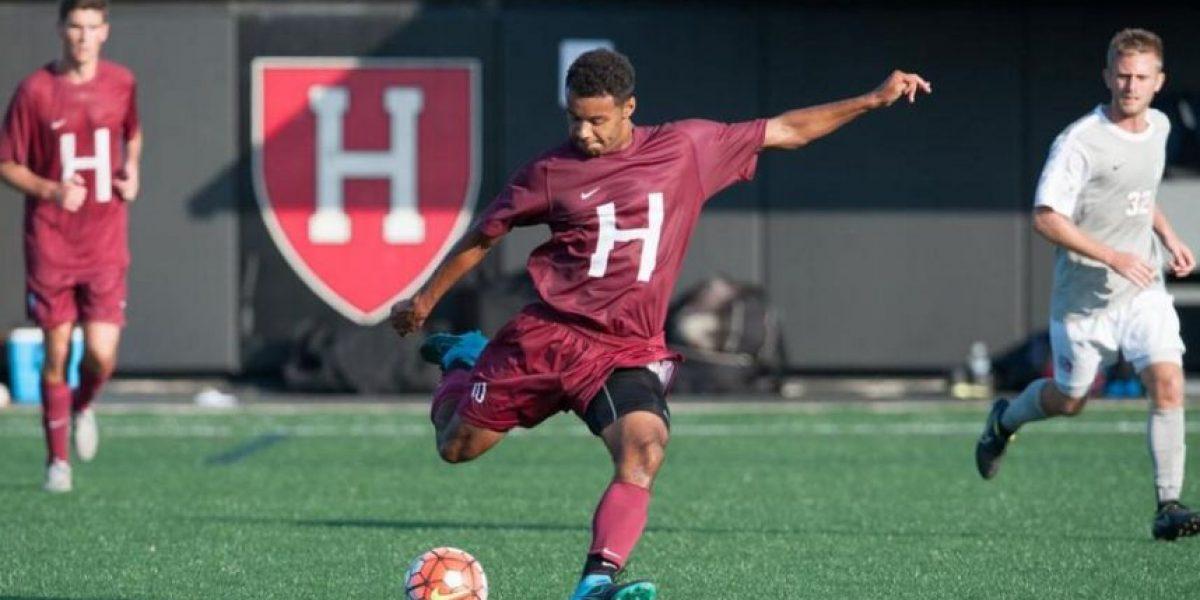 Equipo de fútbol de Harvard fue suspendido por escándalo sexual
