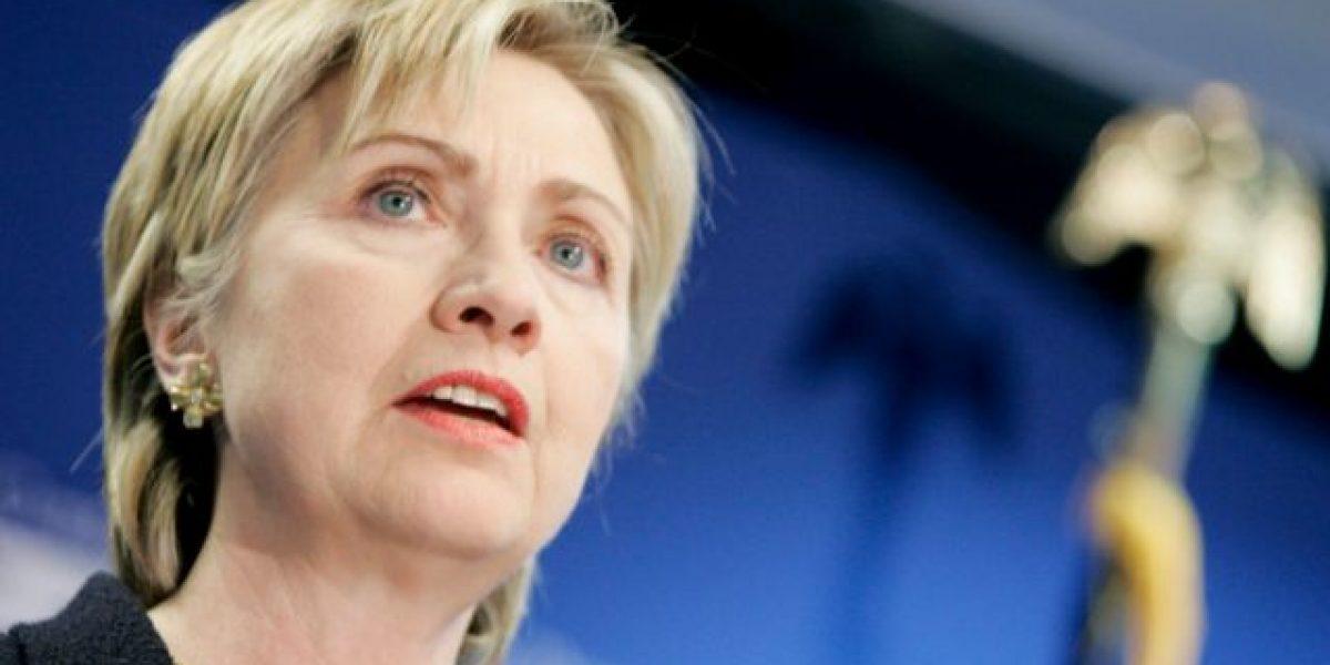 Clinton llama por teléfono a Trump para admitir la derrota