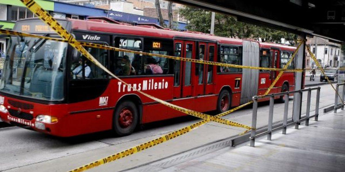 ¡Atención! Accidente de dos buses de TransMilenio