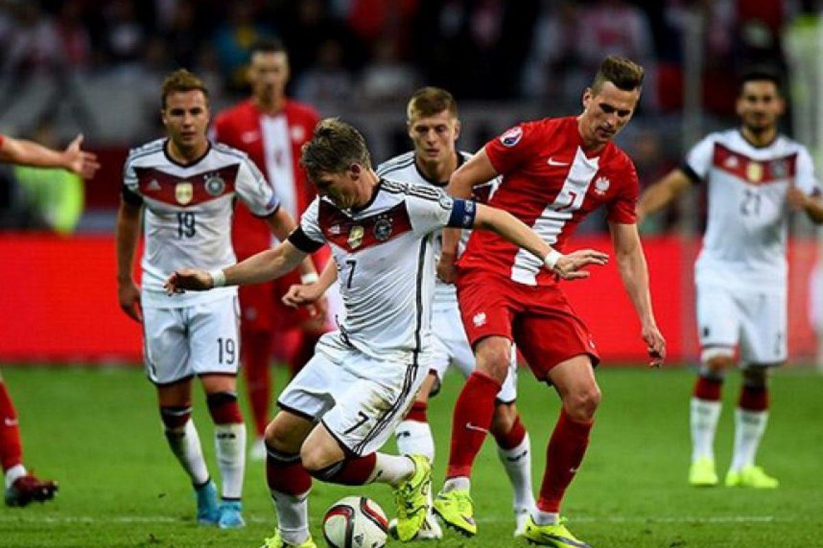 Croacia vs. Serbia. Hasta 1991 jugaban como una misma selección, de ahí la rivalidad Foto:Getty Images