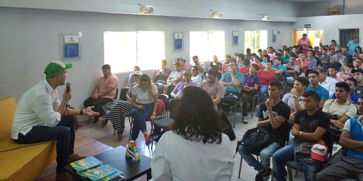 Comienza etapa de socialización con estudiantes para diseño de la Plaza de la Paz