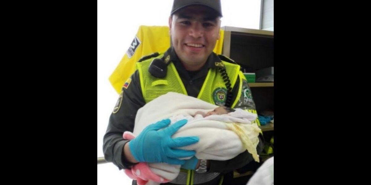 Insólito y tierno nacimiento se dio en estación del metro de Medellín