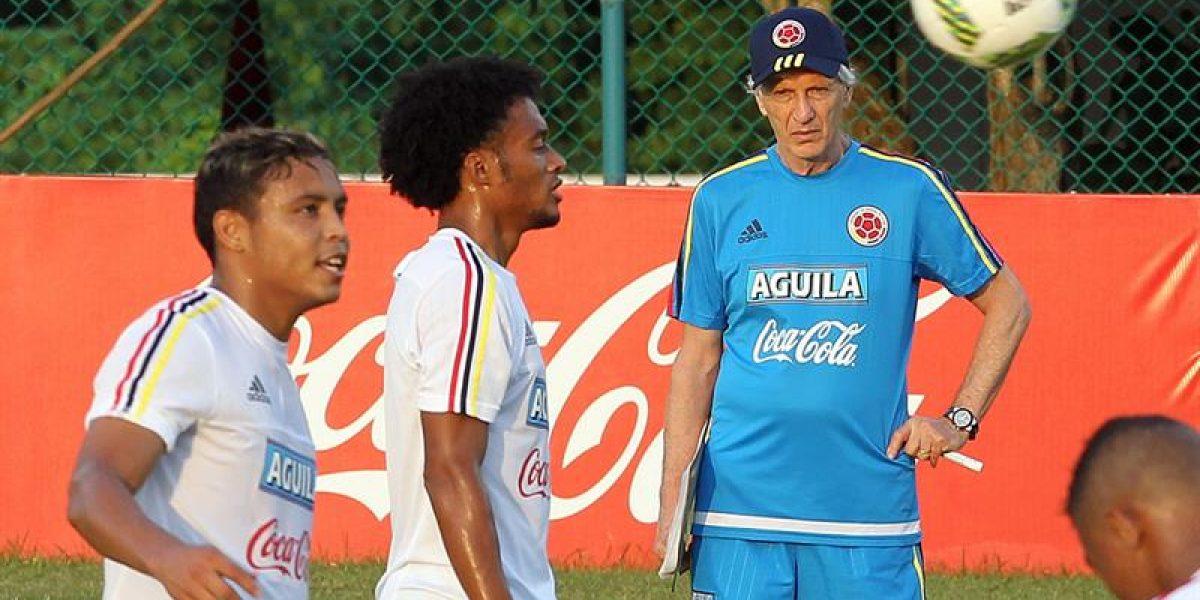 Pékerman sorprende con varios cambios ante Argentina