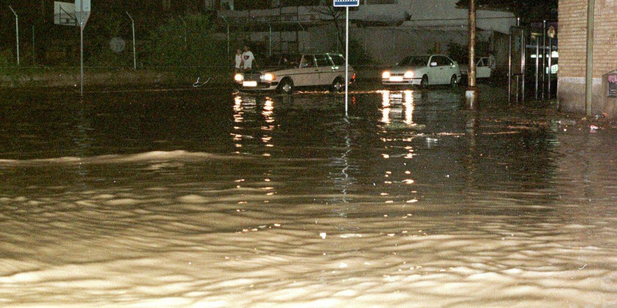 Cartagena quedó bajo el agua tras fuertes lluvias