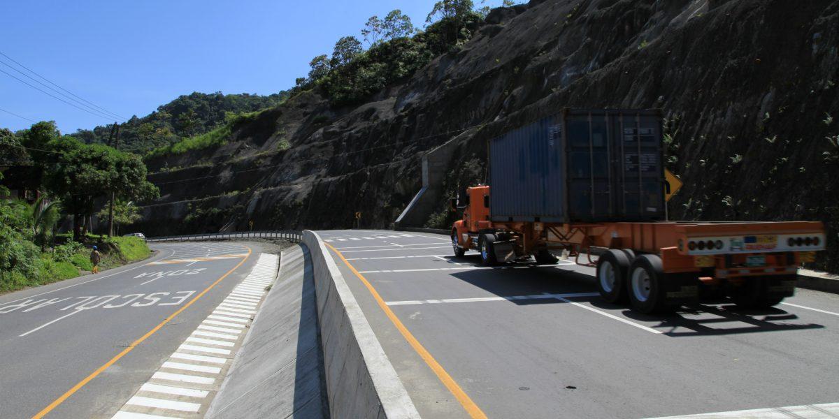 Adjudican contratos por más de $2.300 millones para administrar vías del Valle