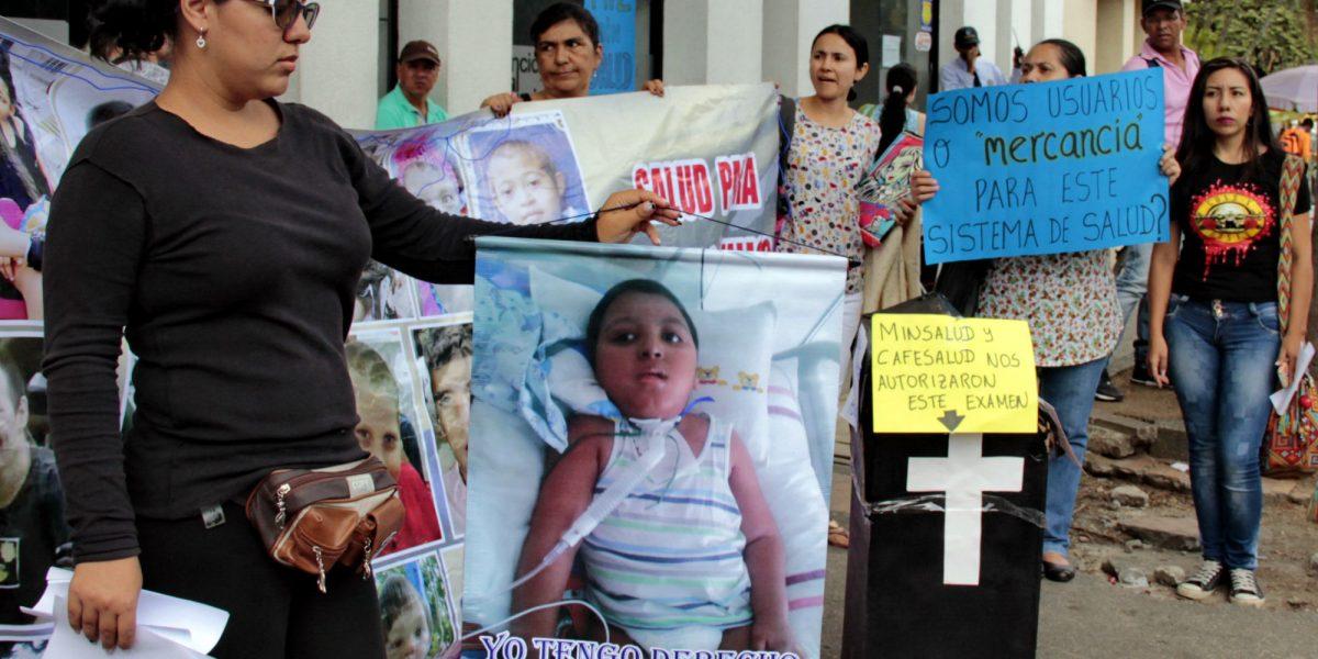 Pacientes de Cafesalud protagonizan nueva protesta por mal servicio de la EPS