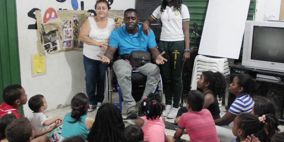 'Son de mi gente', la fundación que le arrebata niños a las pandillas con arte y cultura