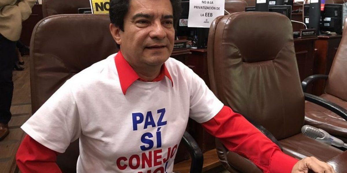 """""""Es que para permanecer 50 días en la Plaza de Bolívar es estar muy desocupado"""": concejal de la familia"""