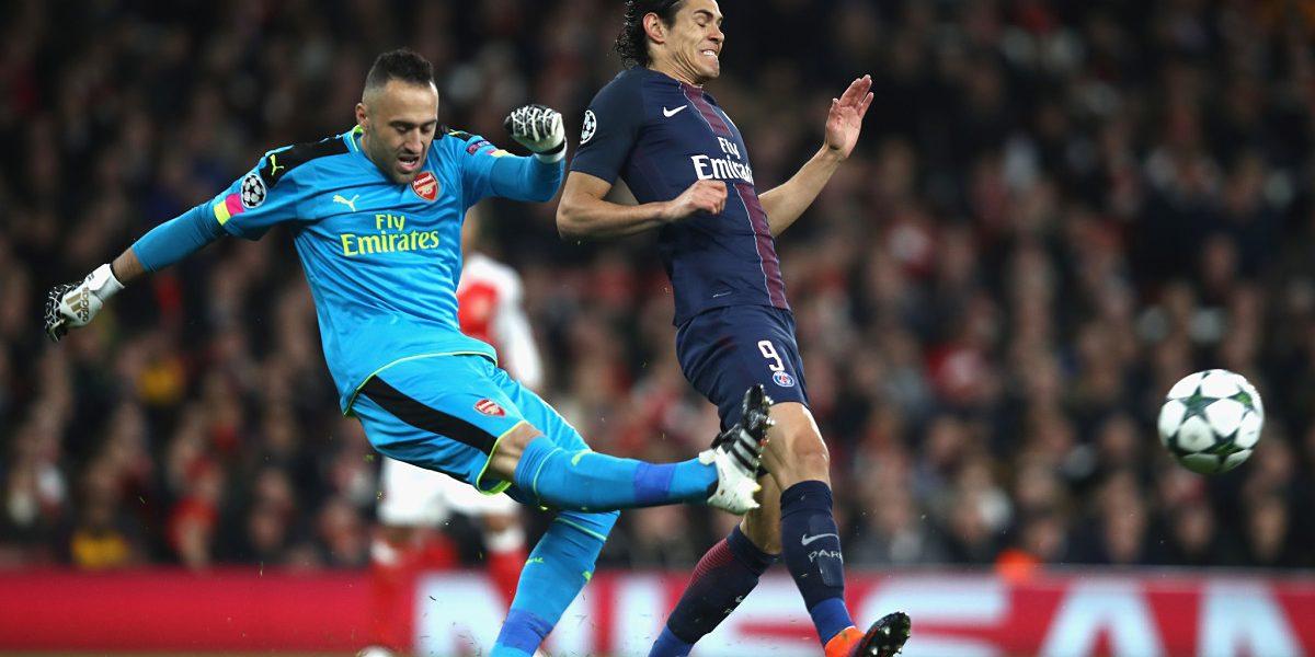 Ospina pasó la prueba ante PSG, pero Arsenal defraudó en casa