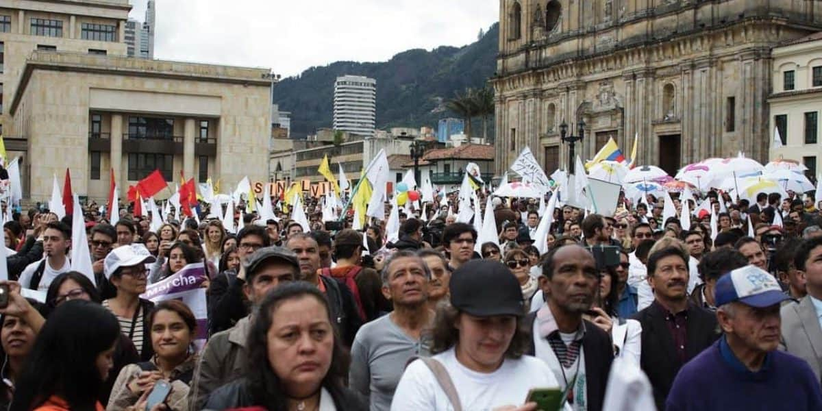 Así recibieron los colombianos la firma de la paz desde la Plaza de Bolívar