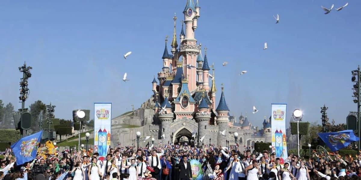 Yihadistas de ISIS estaban planeando una masacre en Disneyland este diciembre