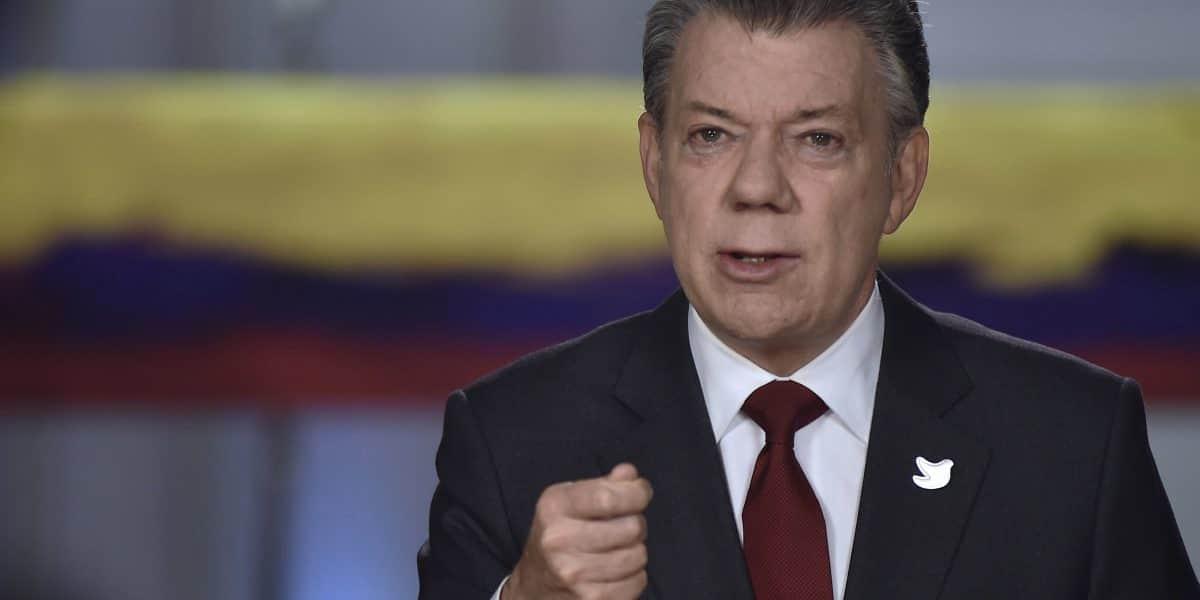 Santos agradece al Papa su bendición para la paz de Colombia