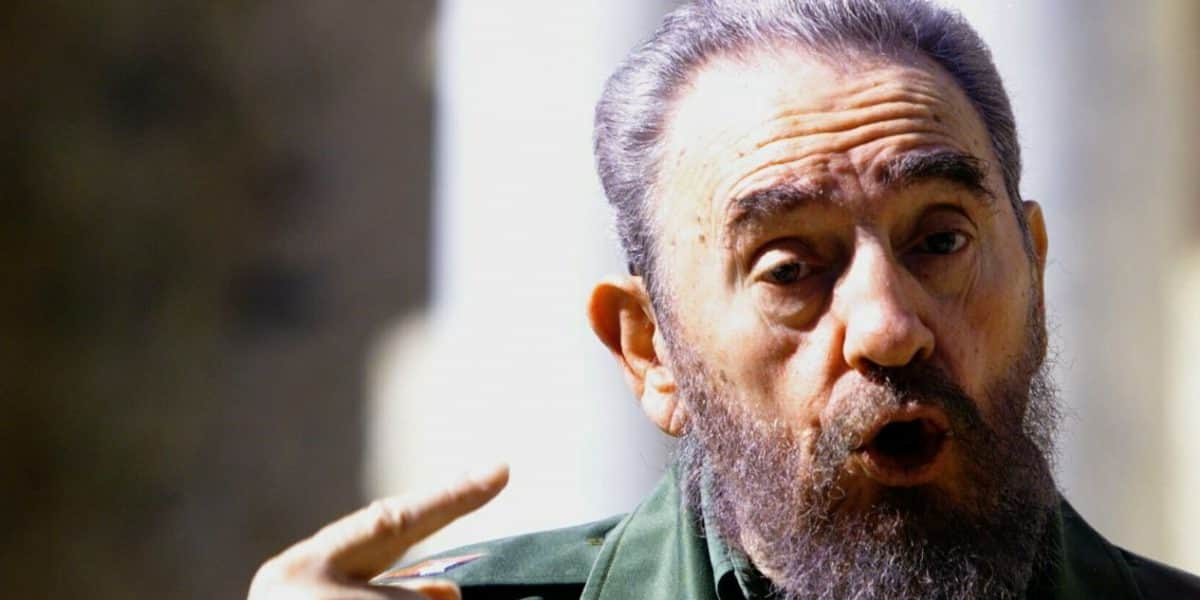 Cancillería colombiana expresa condolencias por muerte de Fidel Castro