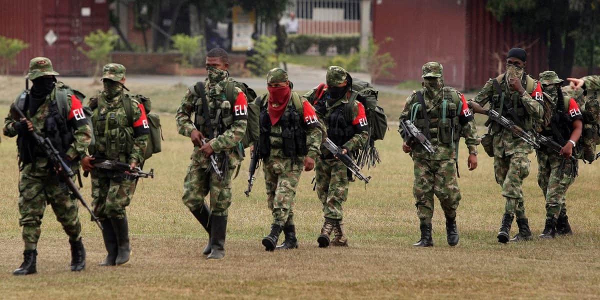 Mueren dos policías en un ataque del Eln en Arauca